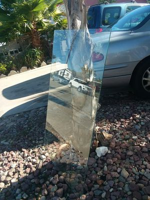 Free table top Glass for Sale in San Diego, CA