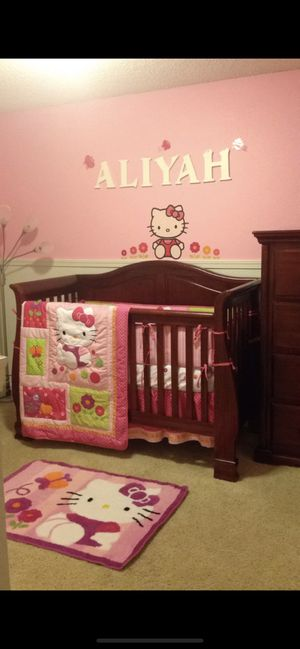 Hello kitty crib set for Sale in BETHEL, WA