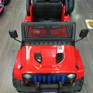 JEEP FOR KIDS WITH REMOTE CONTROL AND MUSIC for Sale in Euless, TX