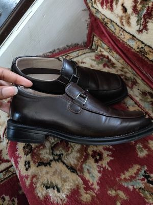 Boys brown dress shoes size 13 for Sale in Columbus, OH