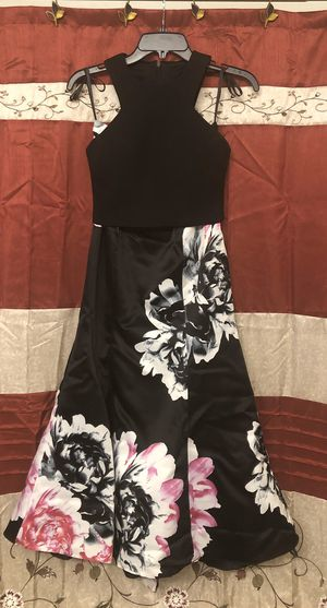 2 piece Prom Dress - Windsor Store for Sale in Goodyear, AZ