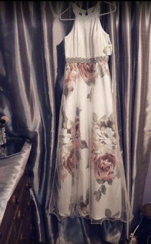 Prom dress for Sale in San Bernardino, CA