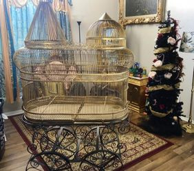 VINTAGE HANDMADE IRON BIRD CAGE for Sale in Dallas,  TX
