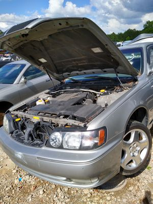 98/2000 Infiniti Q45 FOR PARTS for Sale in East Point, GA