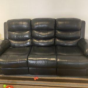 Three Seat Manual Recliner Sofa for Sale in Livonia, MI