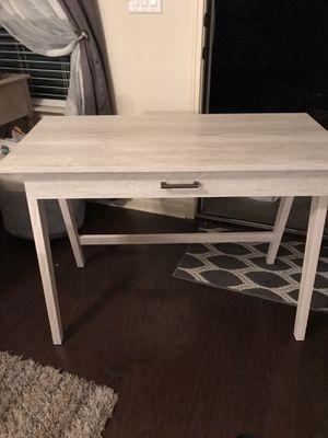 Desk for Sale in Pflugerville, TX