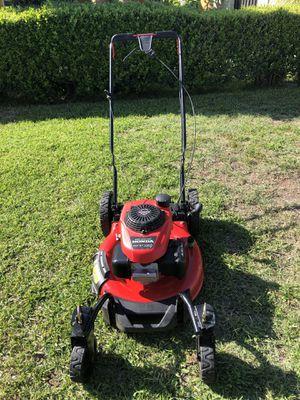 Honda Gas lawn mower for Sale in Fontana, CA