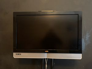 32 inch VIZIO HDTV for Sale in Lucas, TX