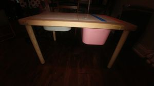 Kids toy box play table for Sale in Bartow, FL