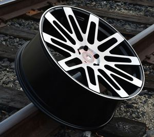 """New 24"""" R24 5x120 Black Machine Wheels for Sale in Coral Gables, FL"""