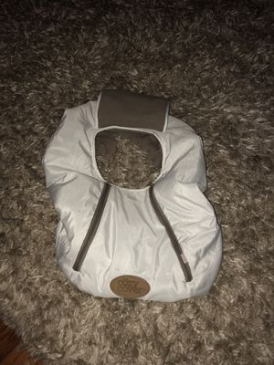 White baby carseat cover for Sale in Springfield, IL