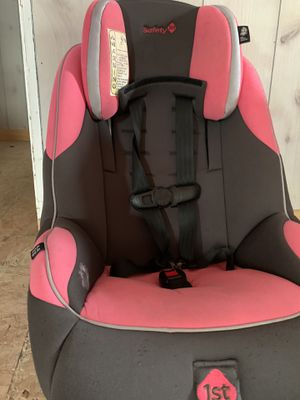 Car Seat infant to 65lbs for Sale in Southbridge, MA