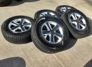 New 2019 Jeep Wrangler wheels and tires for Sale in Brooklyn, NY