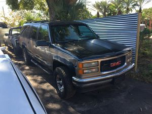 92-99 Gmc suburban Chevy suburban Parts / parts for Sale in Tampa, FL