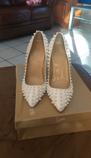 Christian Louboutin heels (used) for Sale in Miami, FL