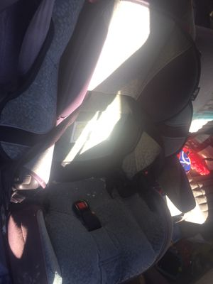 Front and rear car seat for Sale in Inwood, WV