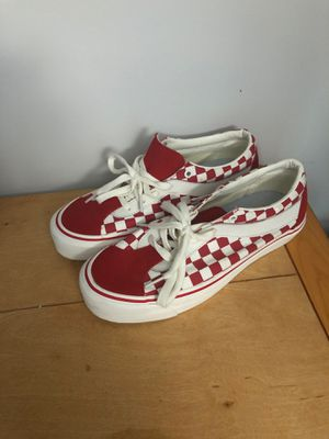 Red and white vans for Sale in Baltimore, MD