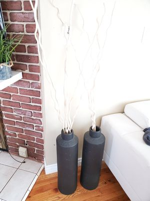 2 lamps and 2 vase for Sale in Lakewood, CA