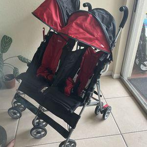 Double Stroller- Kolcraft for Sale in Pompano Beach, FL