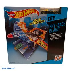 Hot Wheels Sky-Base Blast Track Set for Sale in New York,  NY
