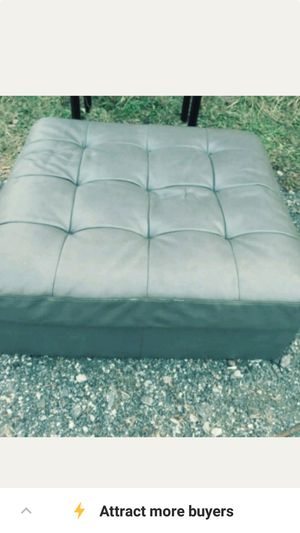 Grey ottoman for Sale in Detroit, MI
