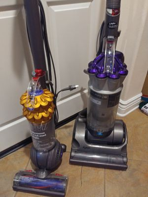 Dyson vacuum, amazing quality for Sale in Los Angeles, CA