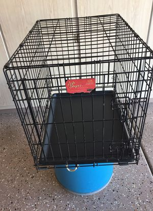 Dog crate excellent condition for Sale in Sun City West, AZ