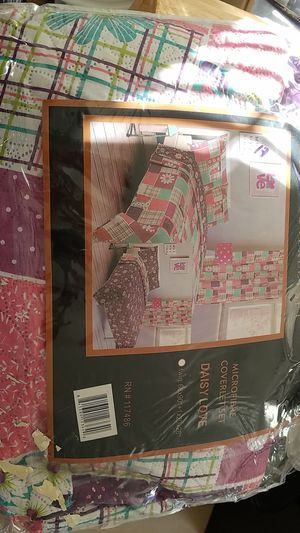 NEW NEVER USED Quilt w/ 1 pillow cover for Sale in Bonita, CA