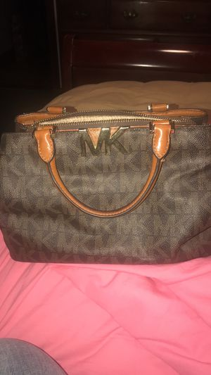 Michael Kors Purse for Sale in Paragon, IN