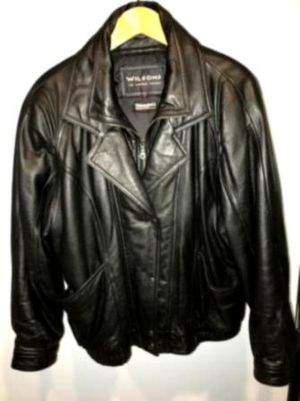 LEATHER BOMBER JACKET for Sale in Montrose, CO