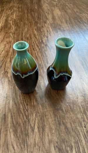 Set of Two Decorative Bud Vases, Small for Sale in Alexandria, VA