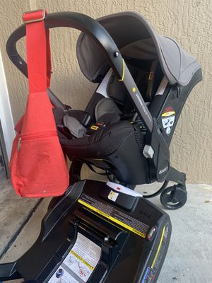 Doona car seat and stroller for Sale in West Palm Beach, FL