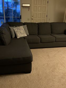 Grey L Couch for Sale in San Diego,  CA