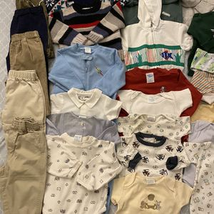 Baby 0-24 months 31pcs $35 for pick up only Thursday Friday Saturday Sunday Monday 3-6pm for Sale in Los Altos Hills, CA