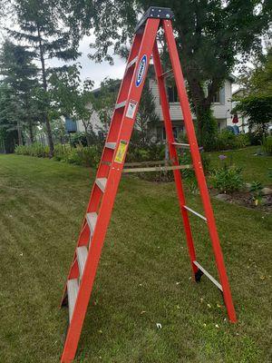 8 foot Fiberglass Step Ladder for Sale in Champlin, MN