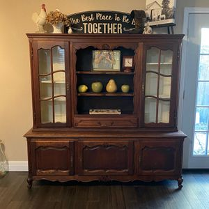 China Cabinet Good Condition 300 Obo for Sale in Baytown, TX