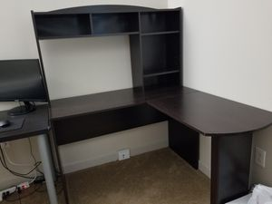 Office desk for Sale in St. Louis, MO