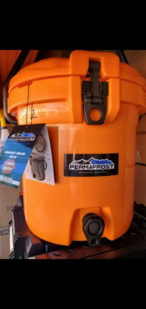 Brand New Roto-molded top of line 5 gallon Beverage Ice Chest & DOZENS more items posted here for Sale in Kirkland, WA