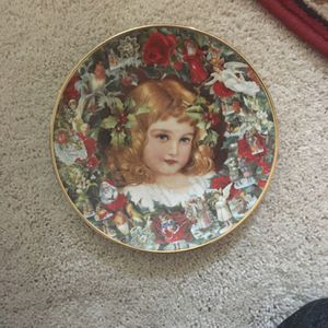 Victorian Christmas Memories Plate Collection for Sale in Waterford, NJ