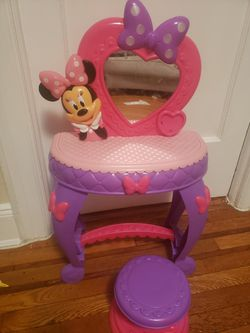 Minnie Mouse Makeup for Sale in Queens,  NY