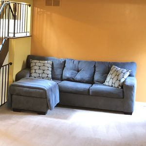 Sectional Sofa (Adjusts Left or Right) - OBO for Sale in Dearborn, MI