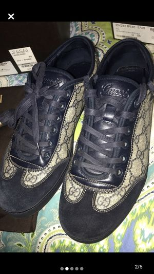 Gucci navy blue shoes size 9 men for Sale in Oakland, CA