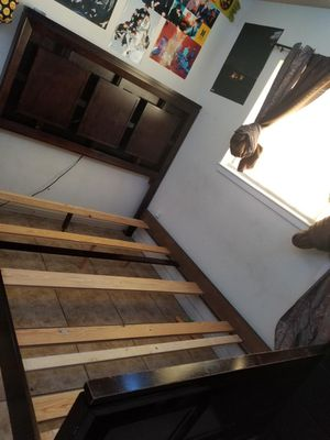Queen Sized Bed (free w/mattress) for Sale in Las Vegas, NV