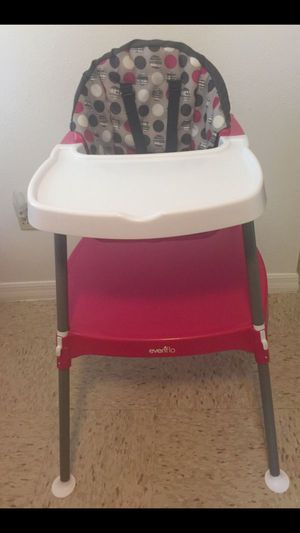 Evenflo 4-in-1 Eat & Grow Convertible High Chair for Sale in Seffner, FL