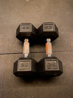 Pair 25lb Rubber Hex Dumbbells for Sale in Reedley,  CA