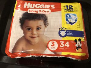 Huggies Snug & Dry Size 3 Diapers for Sale in Dallas, TX