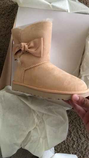 100% authentic ugg boots for Sale in Dallas, TX