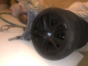 17in OEM BMW RIMS WITH RUNFLATS for Sale in Santa Clarita, CA