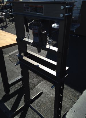 20 Ton Shop Press for Sale in Rancho Cucamonga, CA