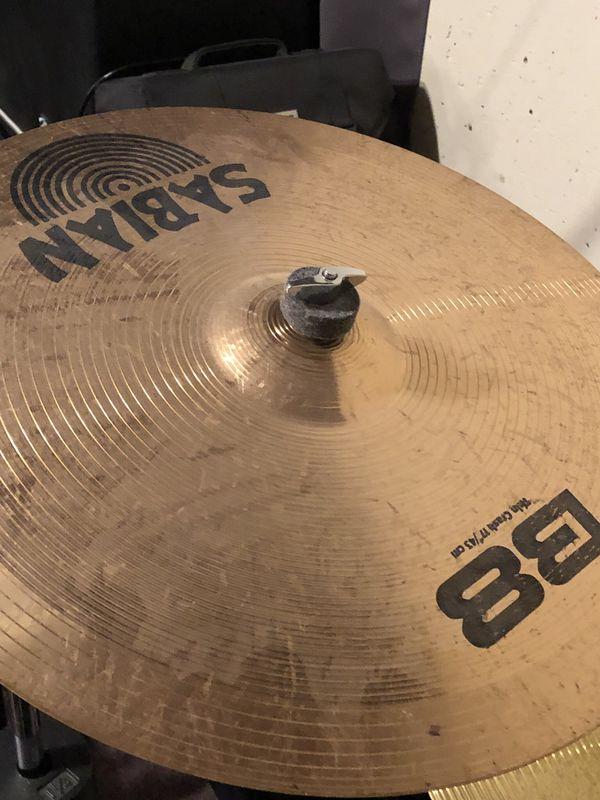 Drum set (double kick, 6 cymbals, cowbell, etc)